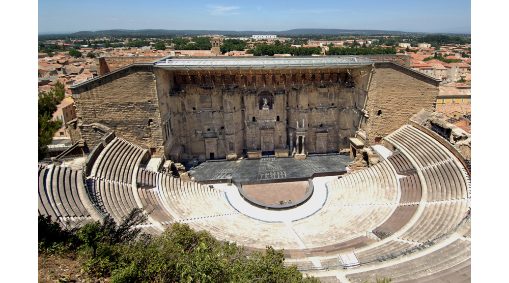 roman architecture france amphitheater orange vaucluse